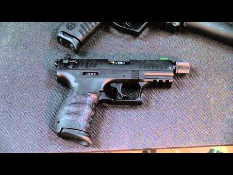 Ruger SR22 vs Walther P22